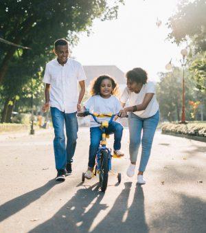 happy-family-bike.jpg