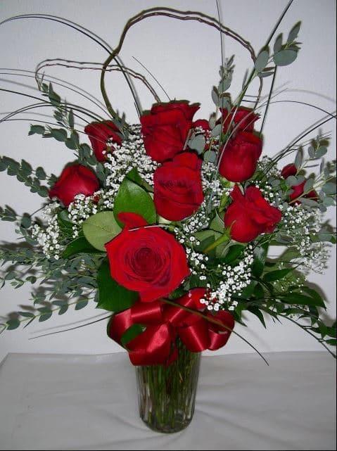 dozen-roses.jpg