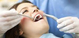cosmetic dentist.jpg