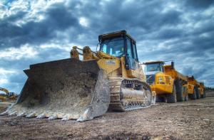 mw-truck-repair-kansas-city-heavy-equipment-repair-diesel.png