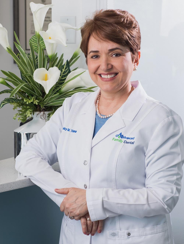 Dr. Triana Triana - Profile.jpg