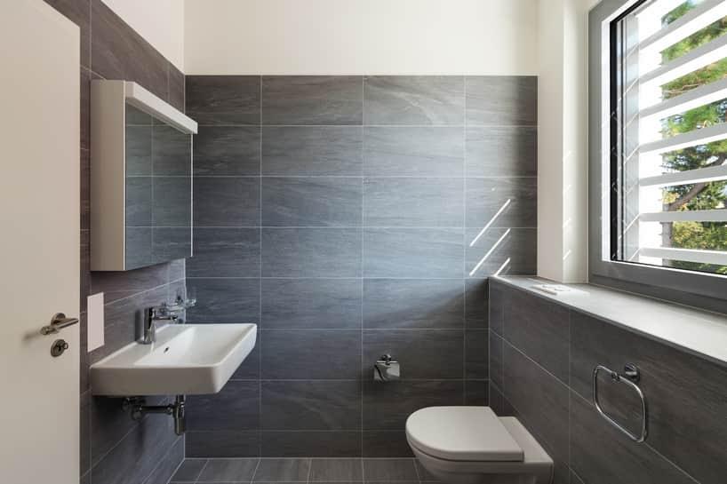 house-cleaning-gilbert-clean-bathroom_orig.jpg