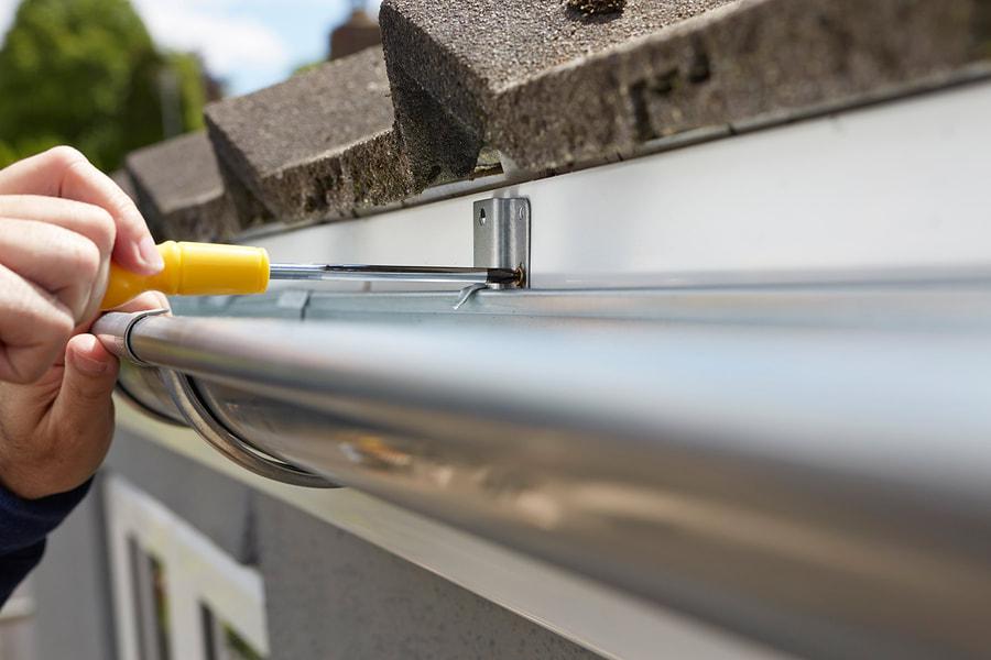 temple-seamless-gutters-gutter-installation-2.jpg