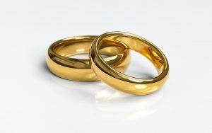 wedding-rings-3611277_1920-300x188.jpg