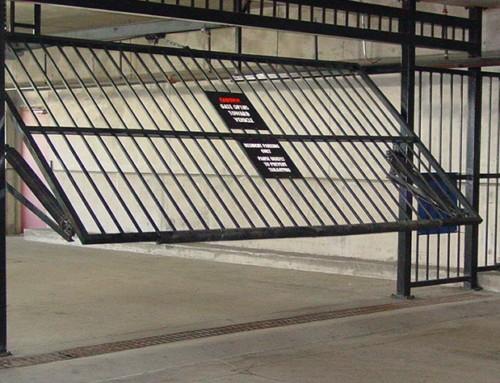 overhead-gate2-500x383.jpg