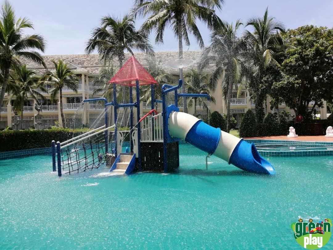 water park play equipment.jpg