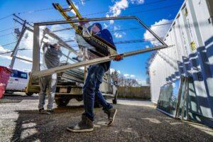 glass-work-3770982_1920